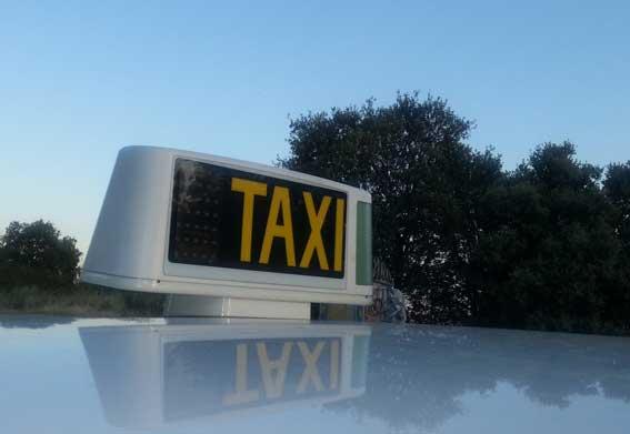 Eximen a los propietarios de la obligación de conducir su taxi