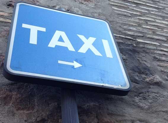 51 municipios se benefician del taxi a demanda en la Sierra Norte
