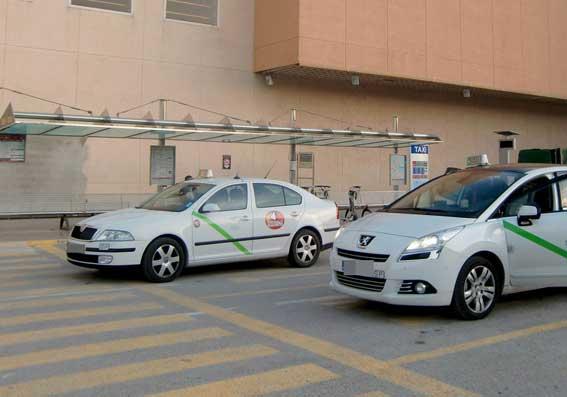 Los taxis estacionales se prorrogan hasta final de septiembre