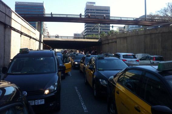 El taxi de Barcelona se manifiesta contra Free Now