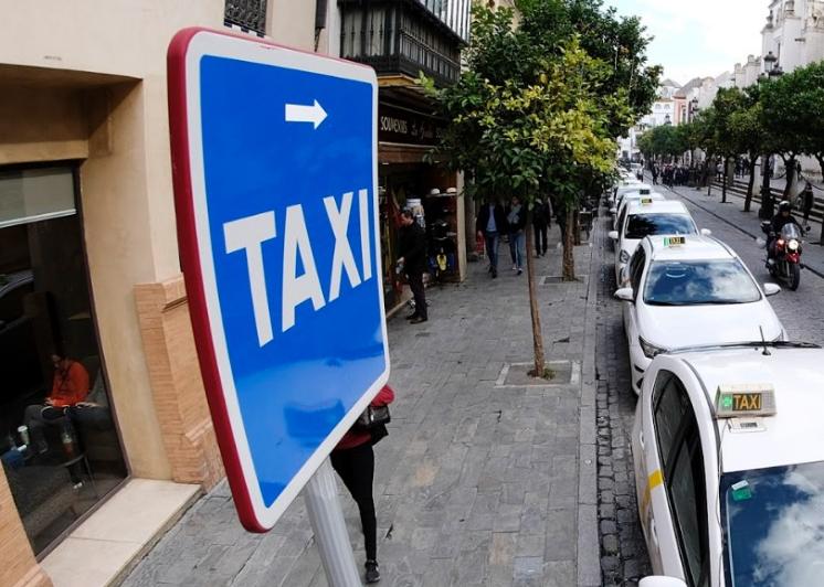 El PSOE no recurrirá la absolución de los taxistas acusados en Sevilla