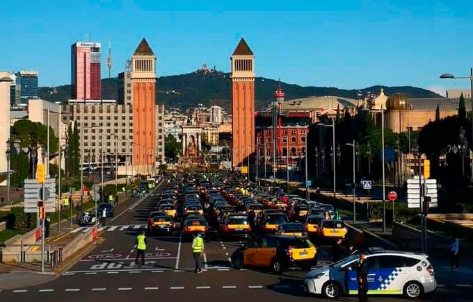 El taxi de Barcelona anuncia una protesta para el 28S