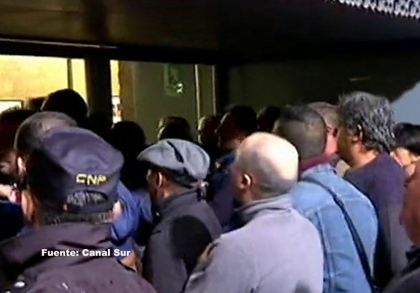 Absueltos los taxistas acusados de boicotear un mitin de Susana Díaz